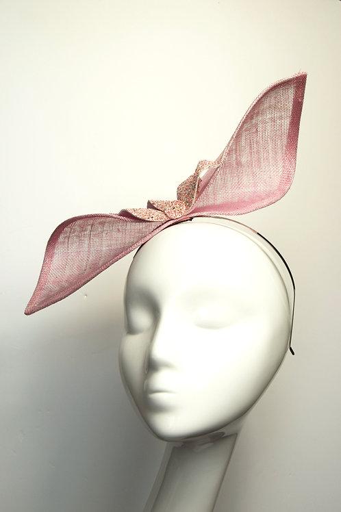 Ola: Pink Sculpted Fascinator