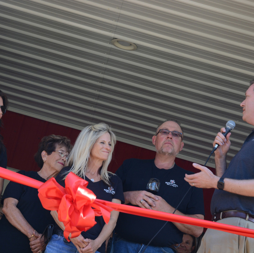 Robin Hill Winery Ribbon Cutting