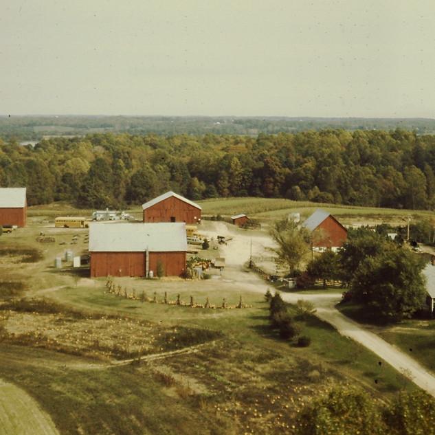 Aerial view of Robin Hill Farn circa 1970