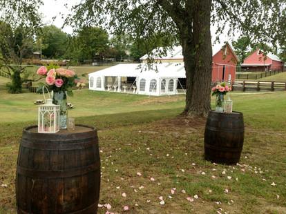 Roin Hill Barn Weddings