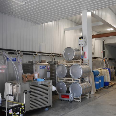 Robin Hill Winery facility
