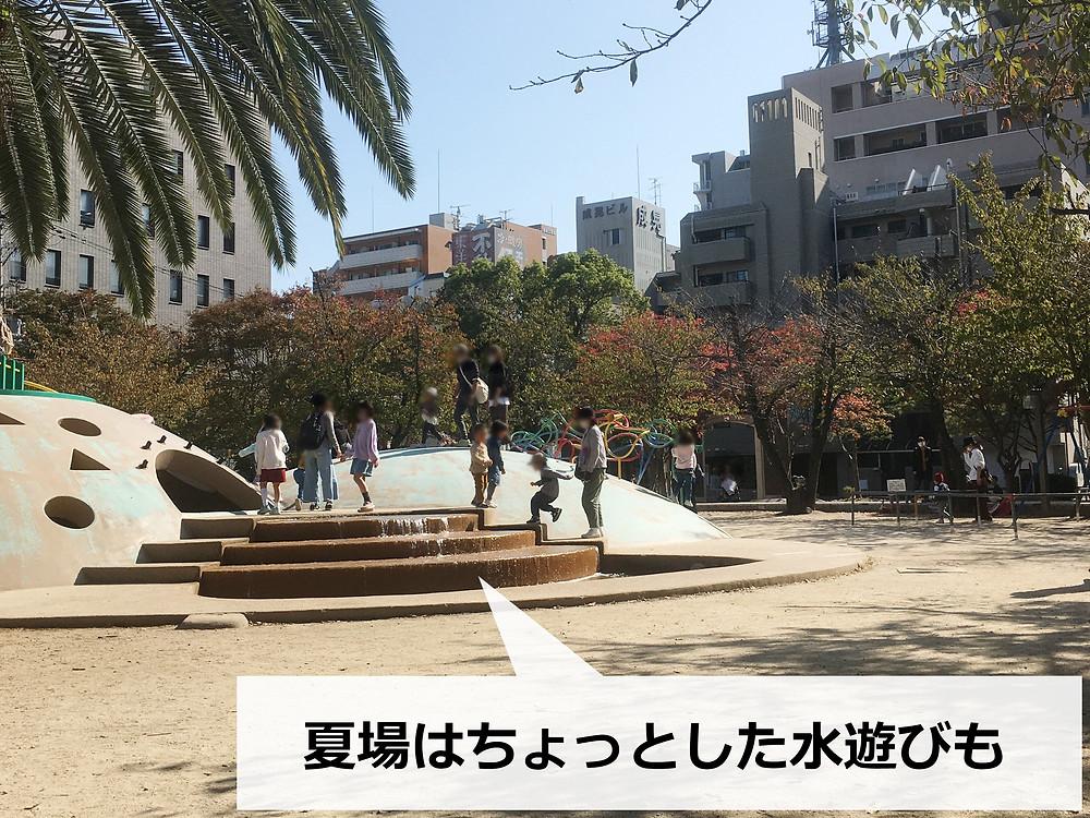 江坂公園の遊具