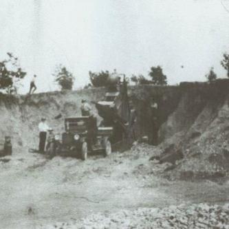 Emil Rhode gravel pit 1910-1920