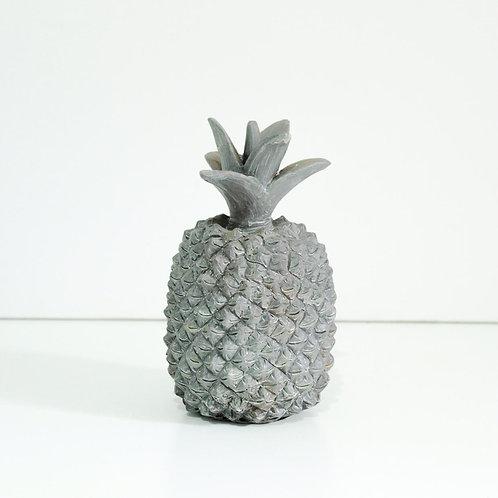 Abacaxi de resina