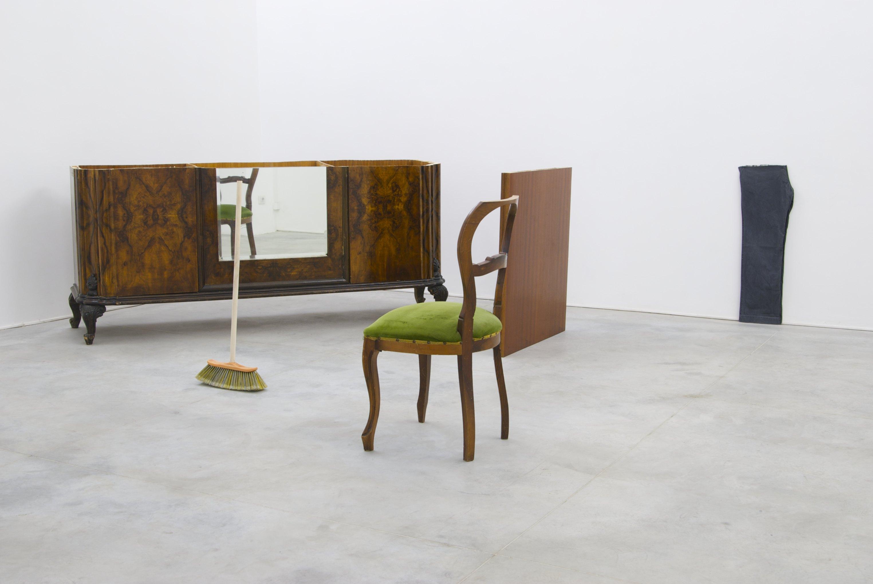92 centimetri su oggetti, 2009