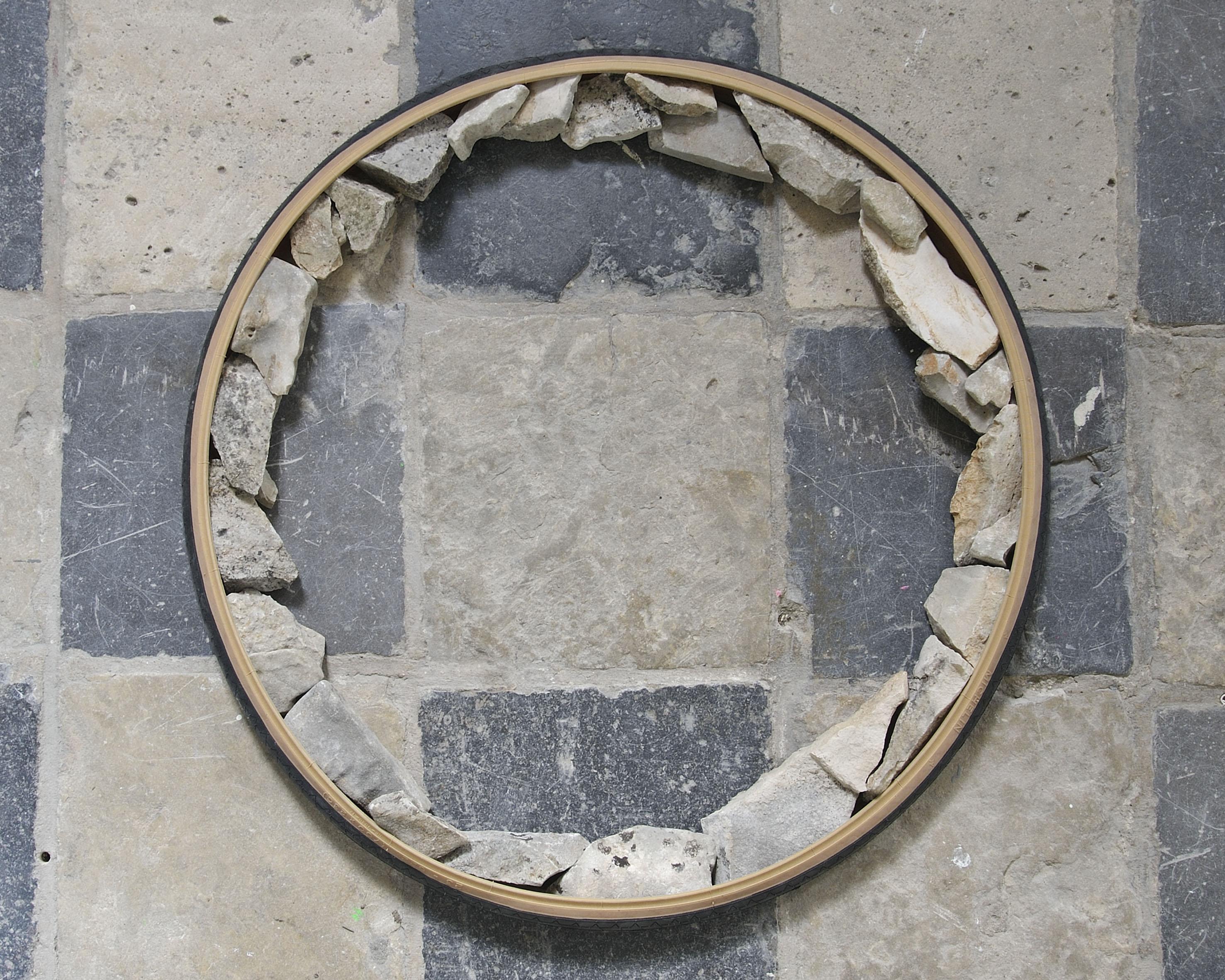 Copertone concerchio di pietre, 2010
