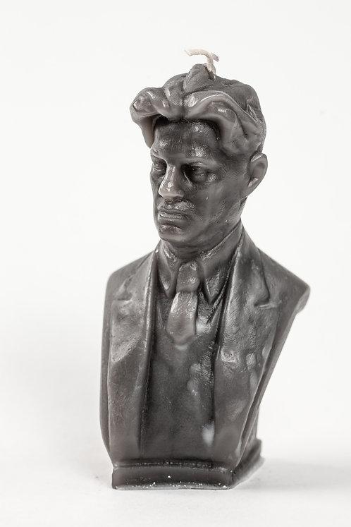 Кабинетная скульптура-свеча В.В.Маяковский