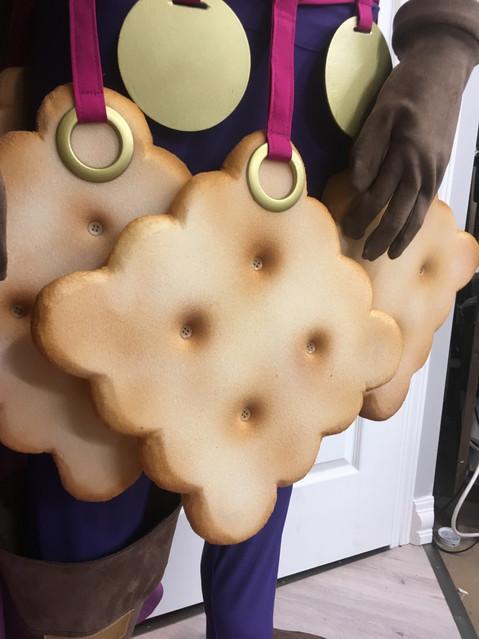 Foam Cracker Belt Details