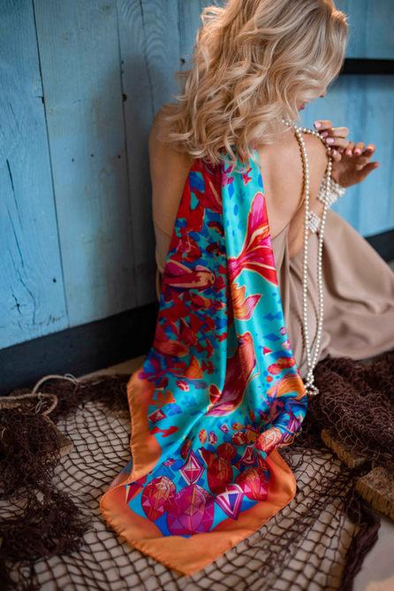 hedvábný šátek zlatá ryba