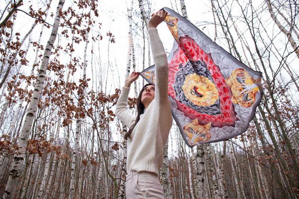 Karkulka v lese Little red riding hood in the forest