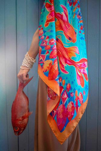 šátek zlatá ryba s rybou