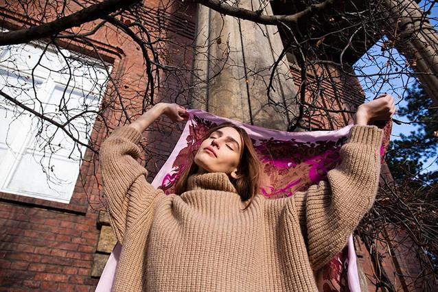 jaro šátek smolíček