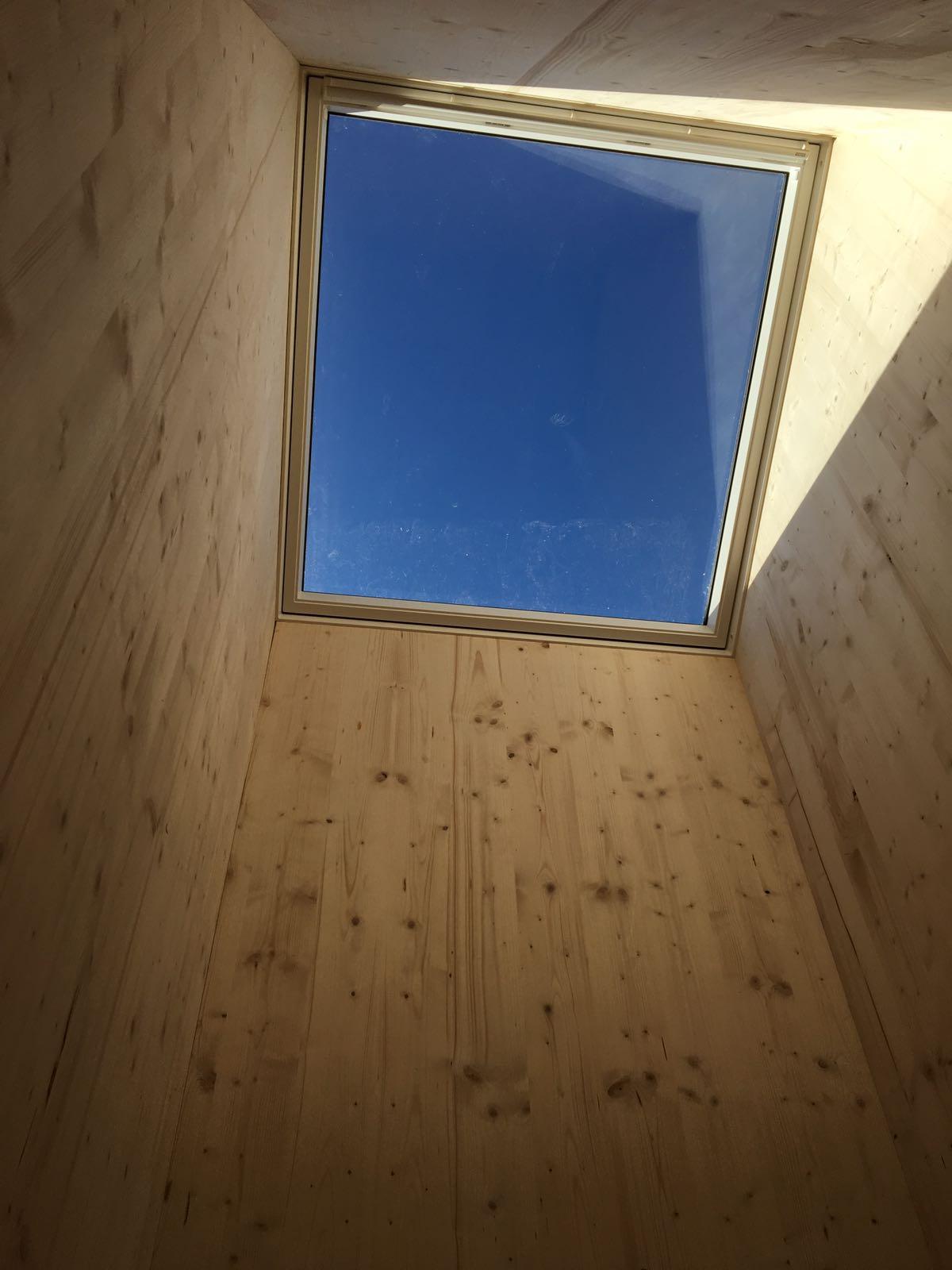 gebautes neues Dachfenster
