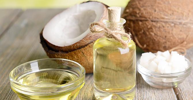 L'huile de noix de coco: une panacée?