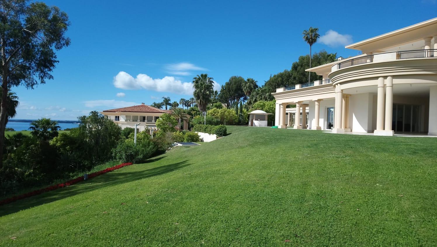 2 Identical Villas