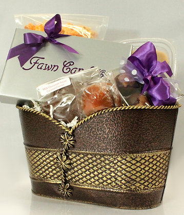 Fawn Favorites Gift Basket