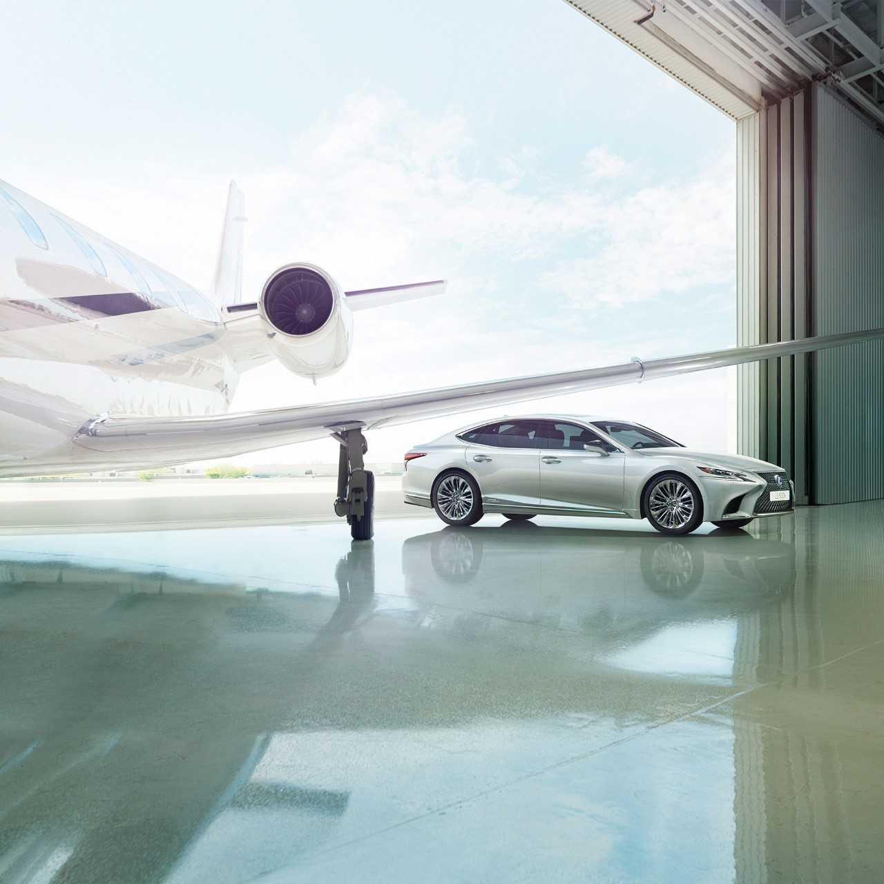 Lexus pic Jet
