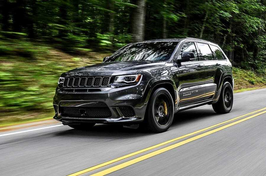 Jeep Trackhawk road.jpg