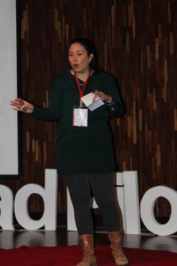 Silvana_Navarro_Hoyos,_Consultoría,_investigación_y_proyectos_estratégicos,_TEDx_1