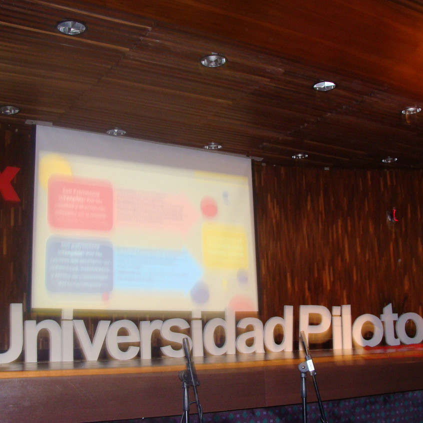 TEDx Creatividad Positiva – Silvana Navarro-Hoyos – Artesanía e industria cultural
