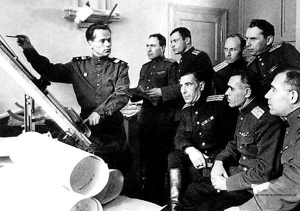 Mikhail Kalashnikov1.jpg