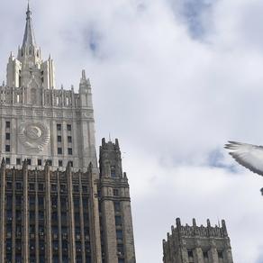 COVID-19: Rússia exorta partes em conflitos pelo mundo a um cessar-fogo e pausa humanitária.