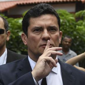 Bolsonaro, Moro e a nova forma de autoritarismo