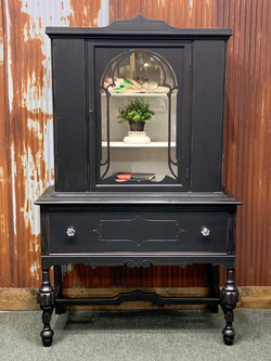 lamp black hutch