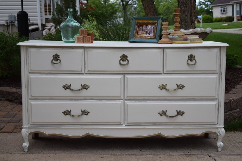 dresser in antique white