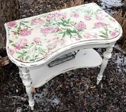 floral farm table