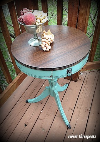 accent table w/java gel stain