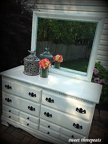 antique white dresser w/accents
