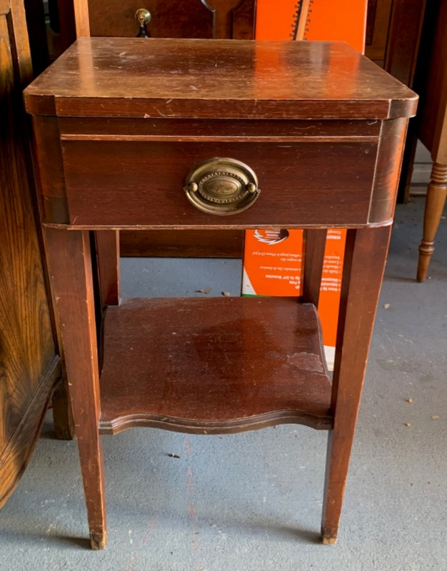 item 567 - mahogany night stand