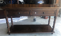 item 622 - entryway table