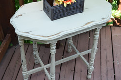 dixie belle chalk paint:  burlap