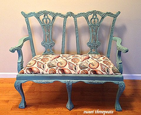 beachy bench in provence chalk paint