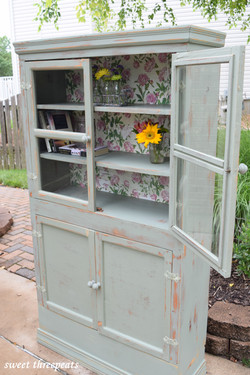 basil farmhouse hutch