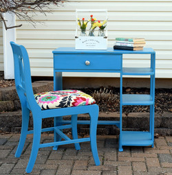 child's desk in corinth blue