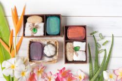 soap-spa-gift-box-white-wood-background_