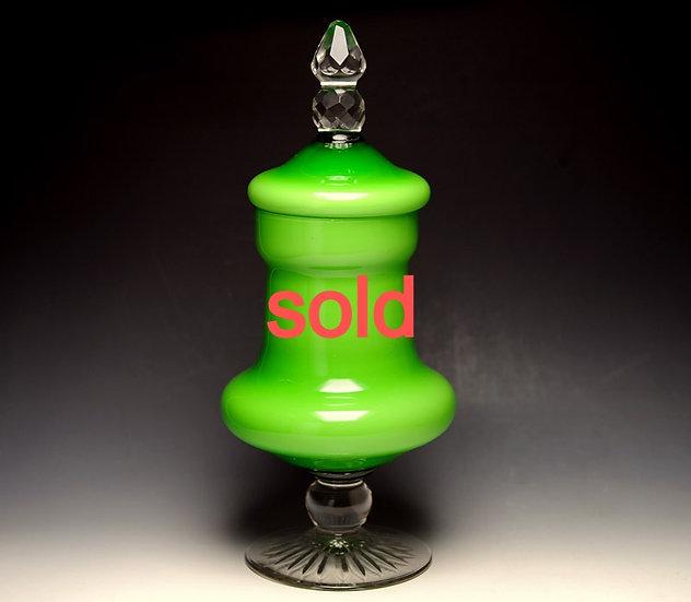 緑被せ乳白ガラスの蓋物 高さ34cm 明治大正