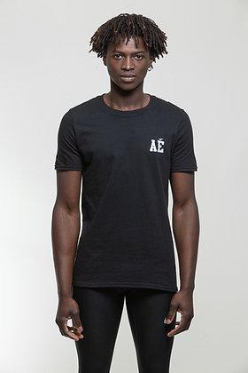 Heart shield Tshirt black