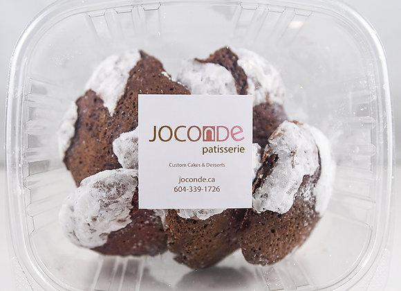 Chocolate Crinkle Cookies | By Joconde Patisserie