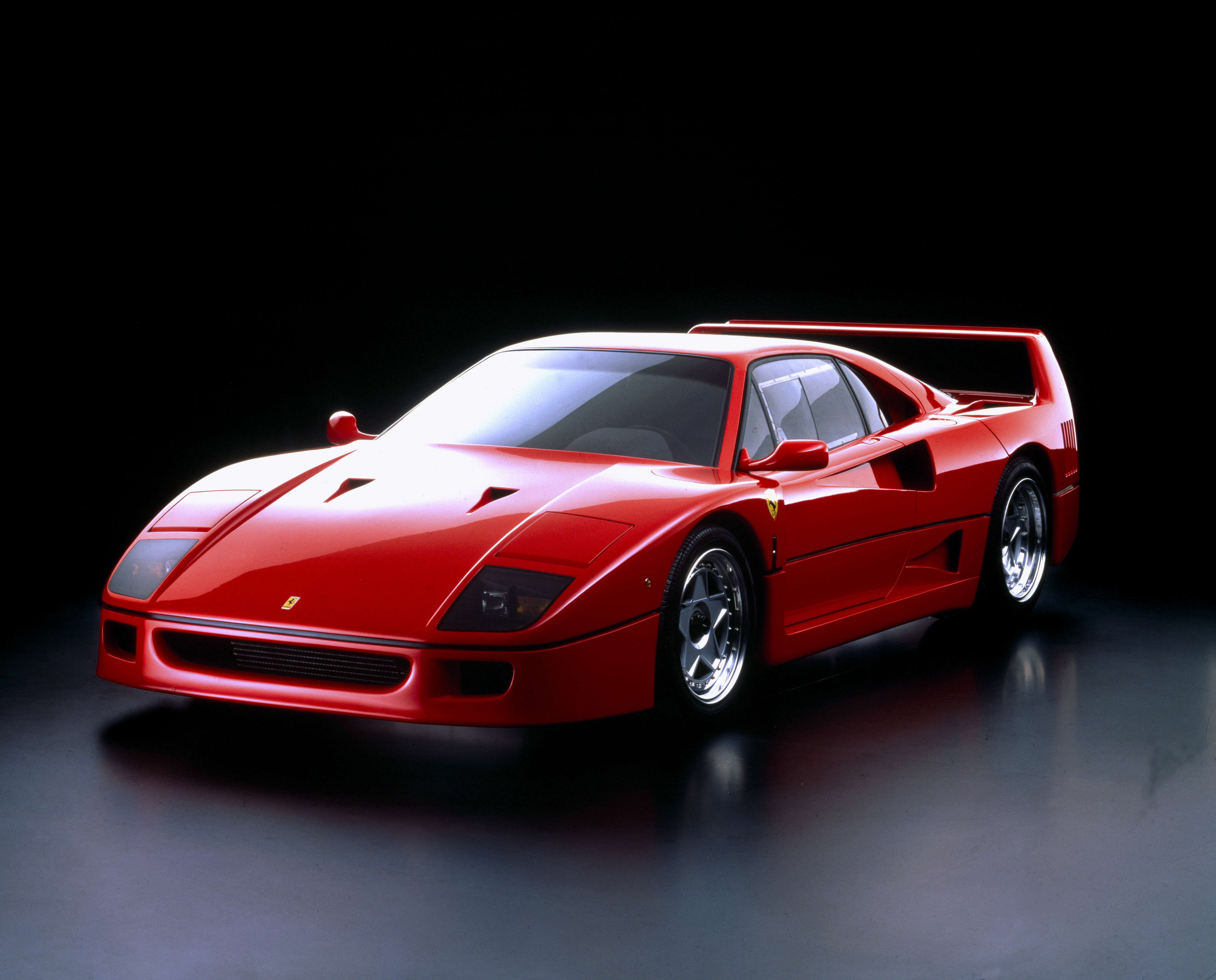 1182_Ferrari_F_40__1987___La_Presse_Ferrari_Spa.jpg