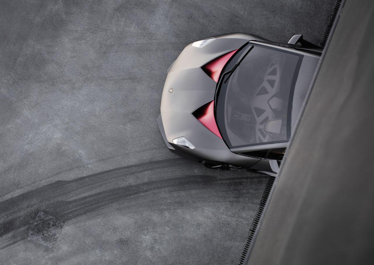 Lamborghini-Sesto-Elemento-fabriek-03.jpg