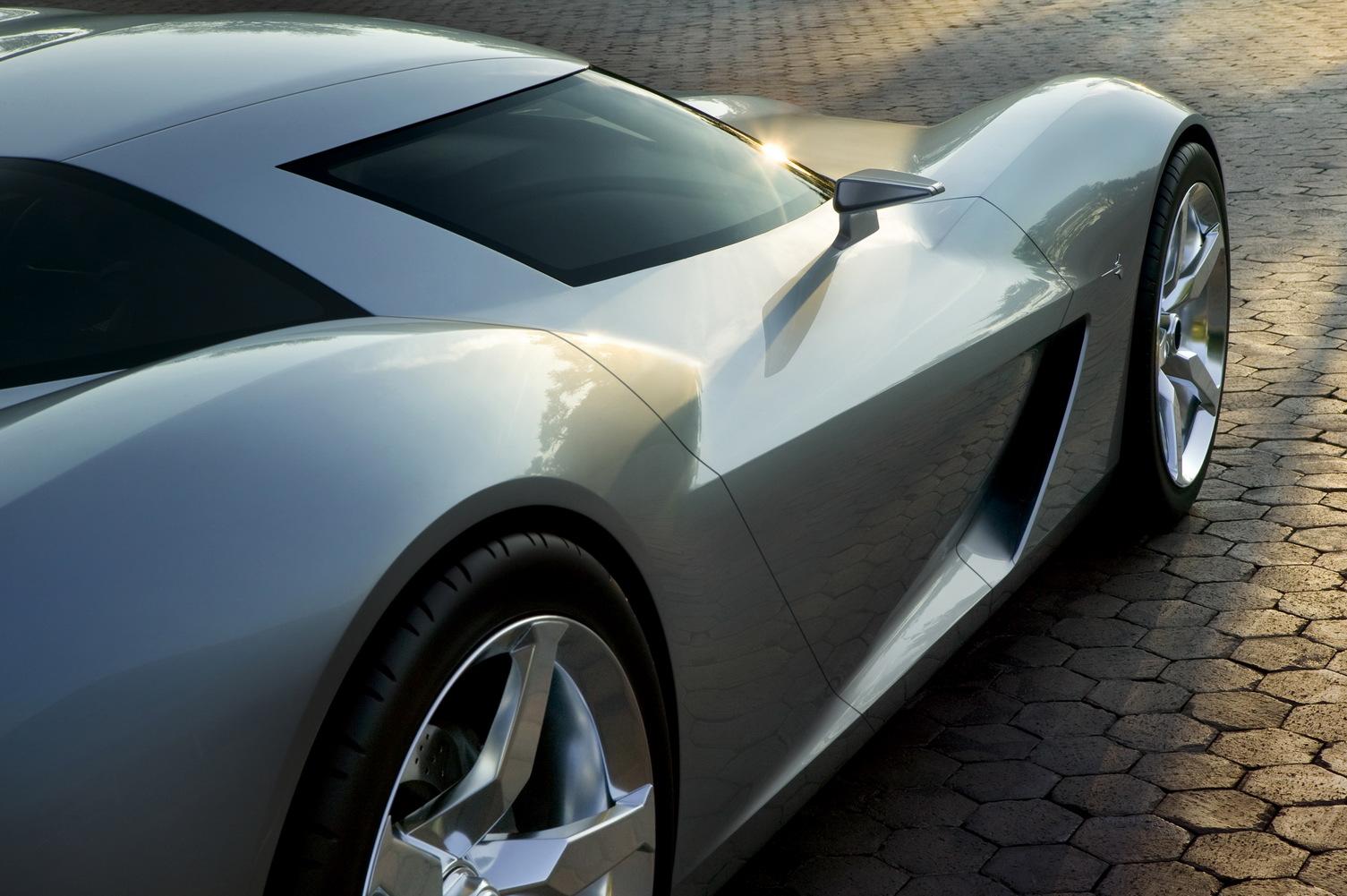 Chevrolet-Corvette-Sideswipe-7.jpg