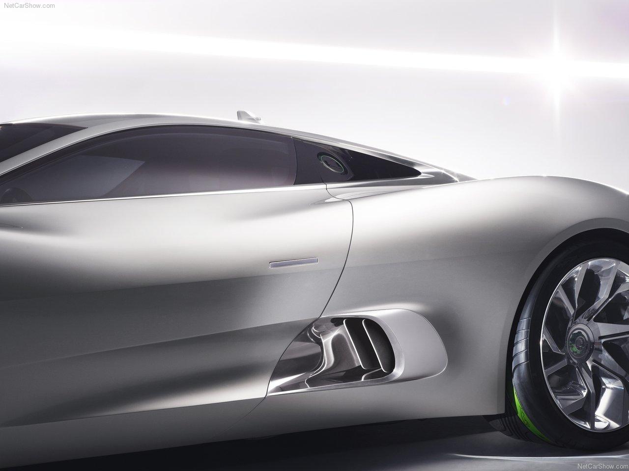 Jaguar-C-X75_Concept_2010_1280x960_wallpaper_29.jpg