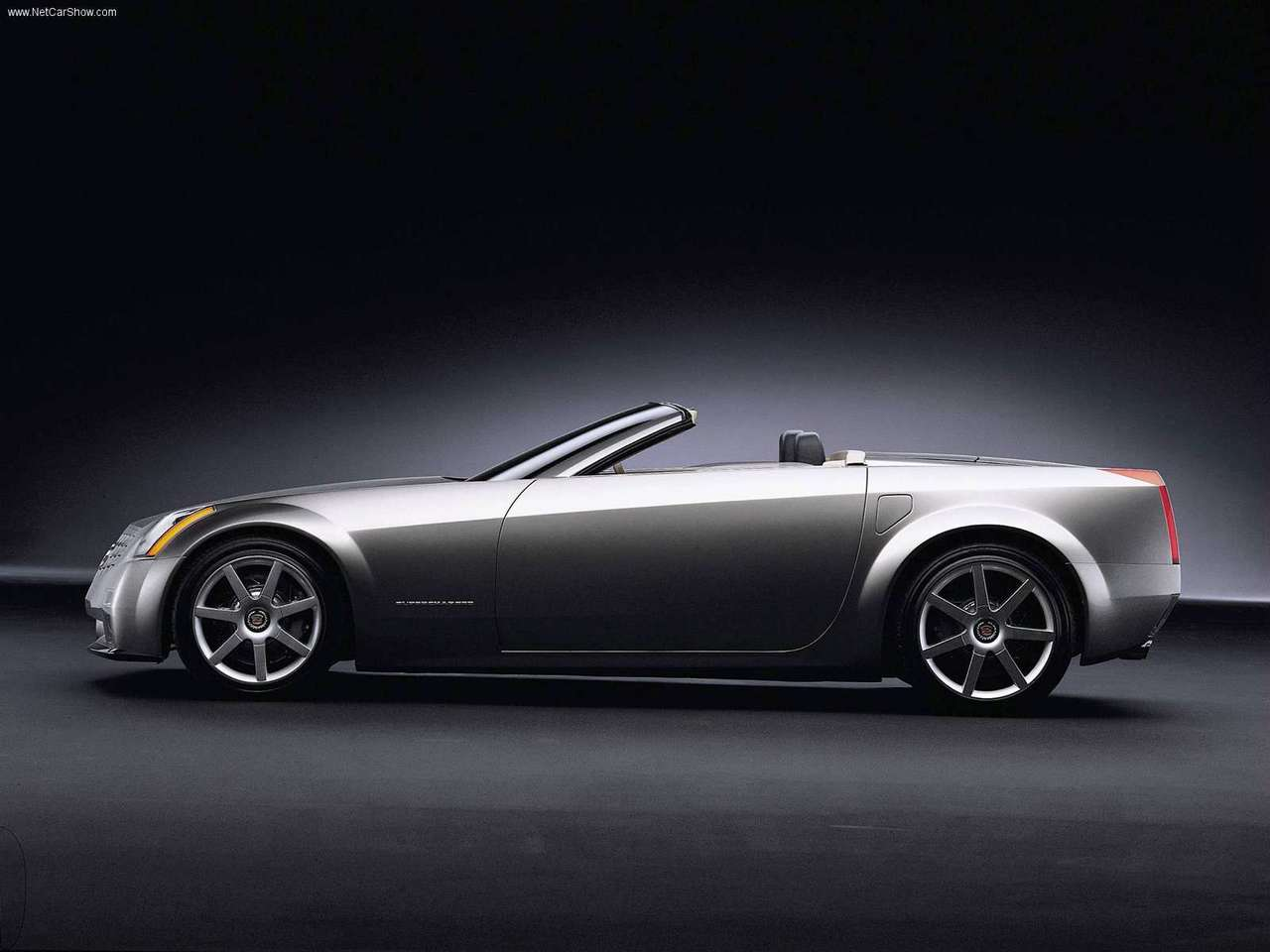 1999_Cadillac_Evoq_Concept_1280x960_02.jpg