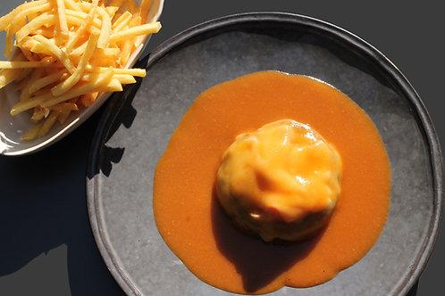 Bife BURGER 150 em M. Francesinha // Beef Burger with Francesinha Sauce