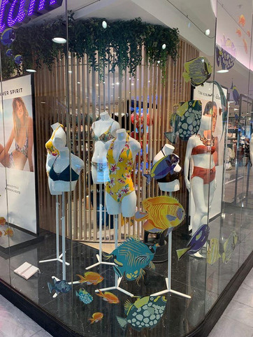 Etam, Collection Bain 2019, Vitrines Réseau, sélection de boutiques en France, Espagne, Pologne