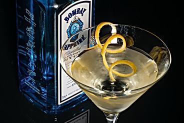 Gin martini with a twist